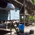 Typische Pfahlhäuser in Bocas del Toro