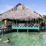 Restaurant im Inselarchipel. Direkt mit dem Boot anlegen.