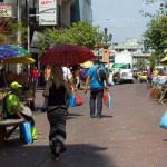 Die Fußgängerzone Avenida Santa Ana