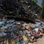 Die Kehrseite. Das Müllproblem ist immens, auch wenn die Einheimschen das wohl nicht so sehen