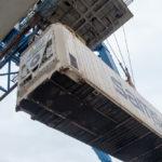 Bis zu 800 Container...